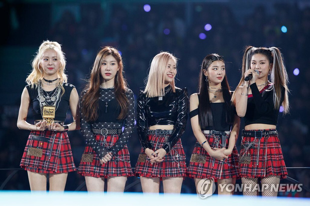 Chưa hết tiếc nuối vì BLACKPINK không dự MAMA, Knet còn thất vọng tràn trề khi nhóm nữ tân binh nhảy giỏi hát hay vắng mặt - Ảnh 3.