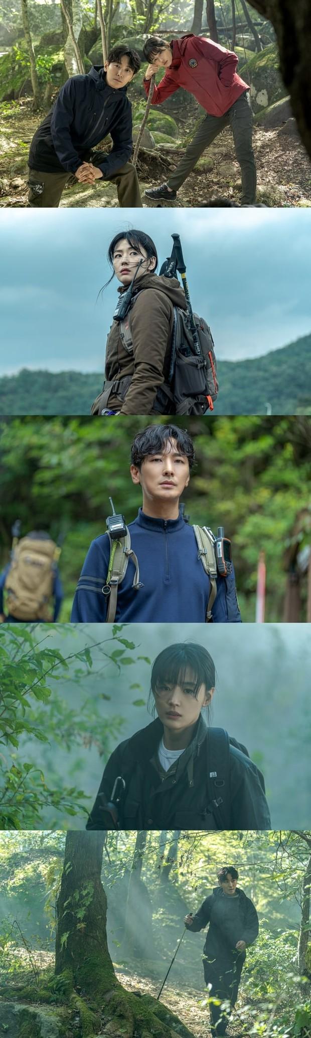 Jeon Ji Hyun - Joo Ji Hoon vào rừng sâu mà nhàn nhã như chụp tạp chí ở bom tấn Jiri Mountain? - Ảnh 1.