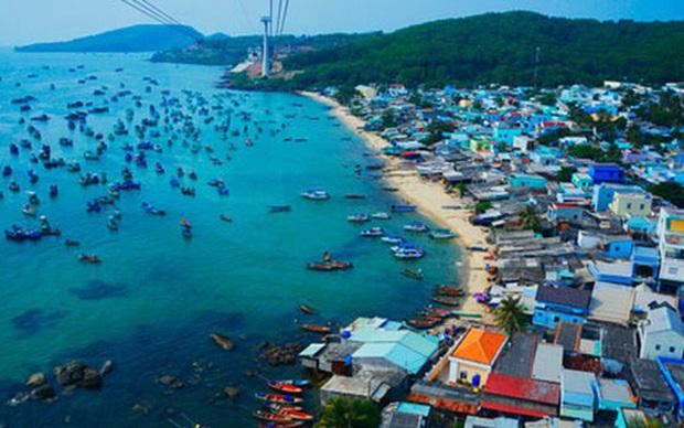 Phú Quốc chính thức trở thành thành phố đảo đầu tiên của Việt Nam.