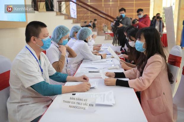 Tình nguyện viên thử nghiệm vaccine Covid-19 của Việt Nam được mua bảo hiểm rủi ro - Ảnh 1.