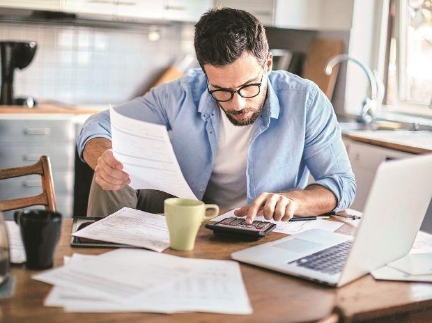 Phần quan trọng trong viết CV được ví như con dao hai lưỡi: Muốn ghi điểm trong mắt nhà tuyển dụng tuyệt đối đừng dại dột làm điều này - Ảnh 2.