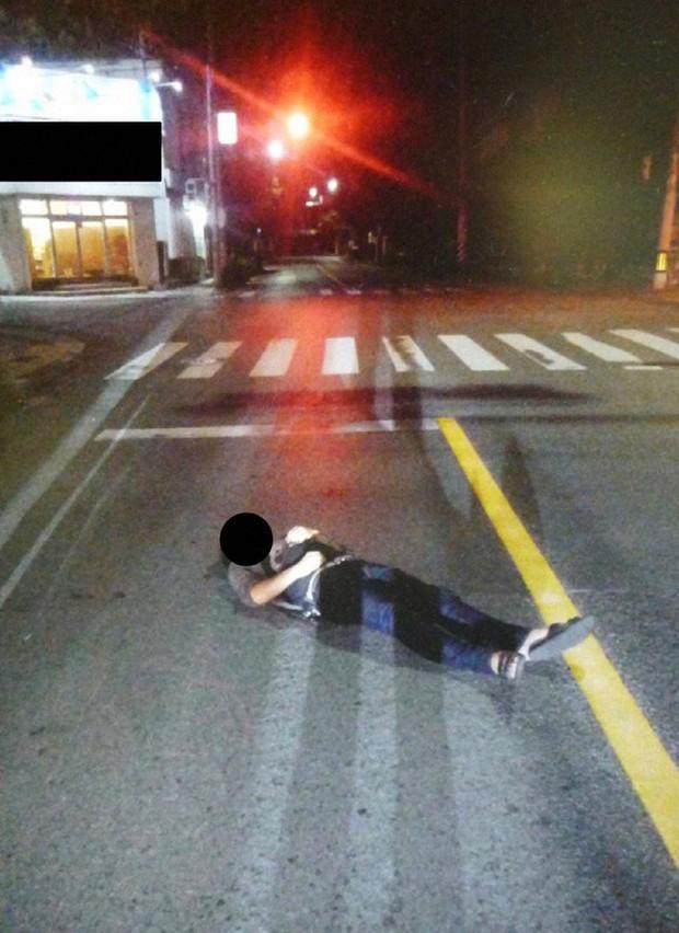 Hàng nghìn người thi nhau ngủ ngoài đường hàng năm tại Nhật, thậm chí là cởi bỏ hết quần áo, vậy đây là hiện tượng gì mà đến cảnh sát cũng bất lực? - Ảnh 4.