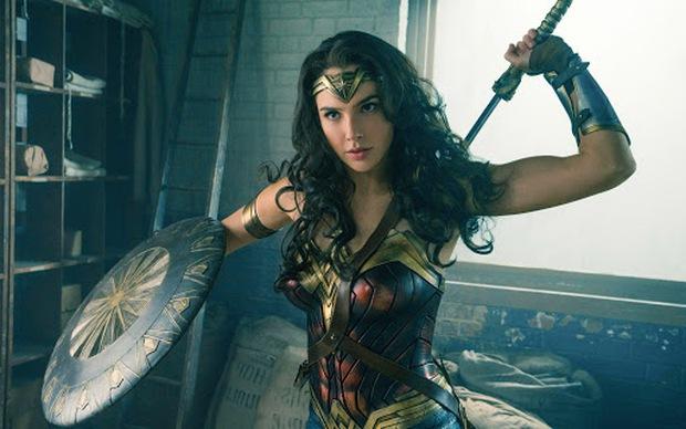 Xem lẹ 5 phim để nắm thóp Wonder Woman 1984: Chị đại vậy mà suýt chết dưới tay 50 Cheetah, rụng rời chưa! - Ảnh 16.
