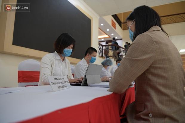 Tình nguyện viên thử nghiệm vaccine Covid-19 của Việt Nam được mua bảo hiểm rủi ro - Ảnh 2.