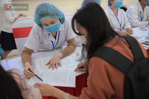 Cô gái đầu tiên đăng ký thử vaccine Covid-19 Việt Nam - Ảnh 3.