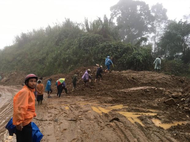 Phát hiện thi thể người đàn ông sau 41 ngày mất tích trong vụ sạt lở núi ở Quảng Nam - Ảnh 1.