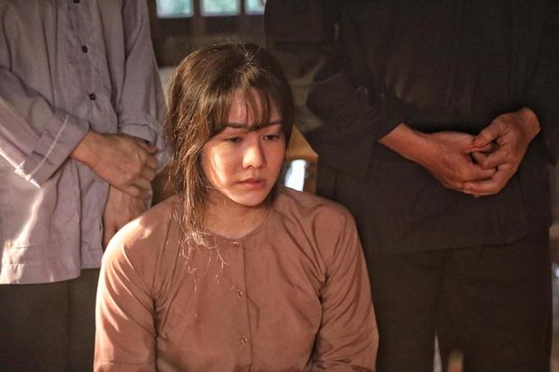 Nhật Kim Anh trẻ đẹp rạng rỡ trên phim trường chỉ nhờ đổi kiểu tóc, chị em mau ùa vào học hỏi! - Ảnh 4.