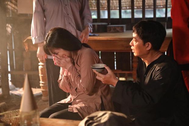 Nhật Kim Anh trẻ đẹp rạng rỡ trên phim trường chỉ nhờ đổi kiểu tóc, chị em mau ùa vào học hỏi! - Ảnh 8.