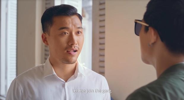 Chém gió vài câu, Thái Hòa gạ được trai trẻ Trần Ngọc Vàng về liền một team ở trailer Người Cần Quên Phải Nhớ - Ảnh 3.