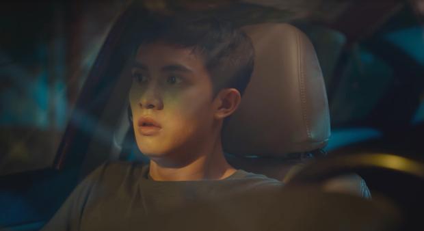 Chém gió vài câu, Thái Hòa gạ được trai trẻ Trần Ngọc Vàng về liền một team ở trailer Người Cần Quên Phải Nhớ - Ảnh 4.
