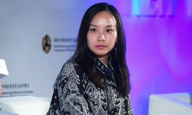 Nữ tỷ phú mang họ mẹ để giấu kín thân phận suốt 10 năm, 26 tuổi trở thành người phụ nữ trẻ tuổi giàu có nhất Trung Quốc - Ảnh 6.