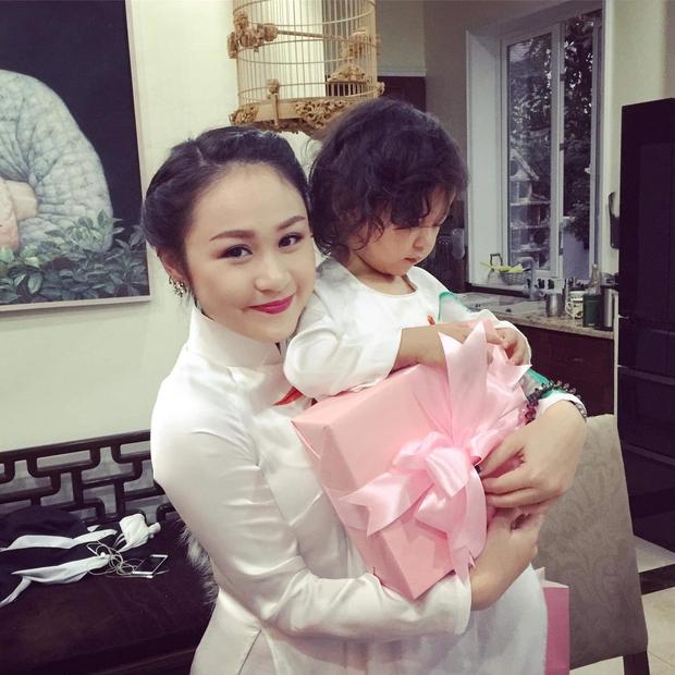 Thiện Thanh - con gái Thanh Lam chuẩn bị lên xe hoa, càng lớn càng xinh - Ảnh 10.