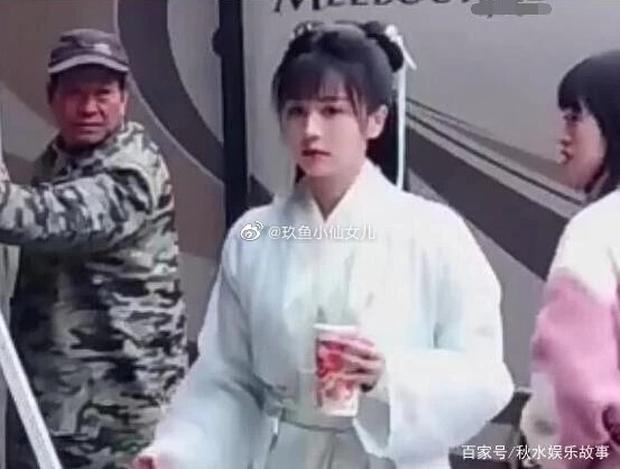 Bạch Lộc vừa lộ diện ở phim trường đã bị nghi đạo tạo hình Viên Băng Nghiên của Lưu Ly Mỹ Nhân Sát - Ảnh 1.