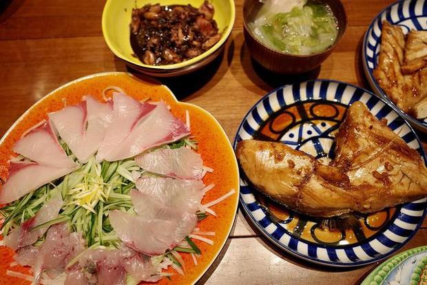Bí quyết giảm cân, giữ dáng nghiêm khắc của 2 con gái nhà tài tử Nhật Bản Takuya Kimura - Ảnh 8.