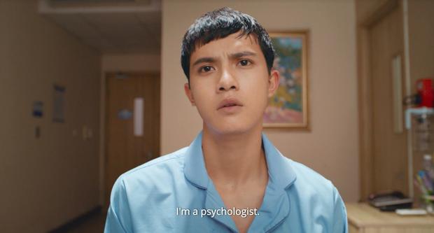 Chém gió vài câu, Thái Hòa gạ được trai trẻ Trần Ngọc Vàng về liền một team ở trailer Người Cần Quên Phải Nhớ - Ảnh 7.