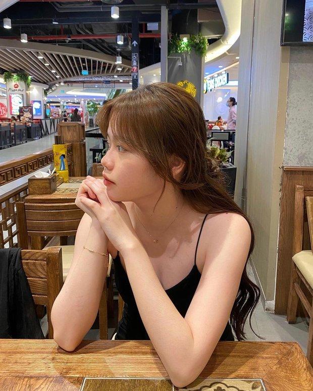 Bạn gái cũ Quang Hải lại bị so ảnh mặt mộc và lúc cà thêm tí filter cho xinh - Ảnh 3.
