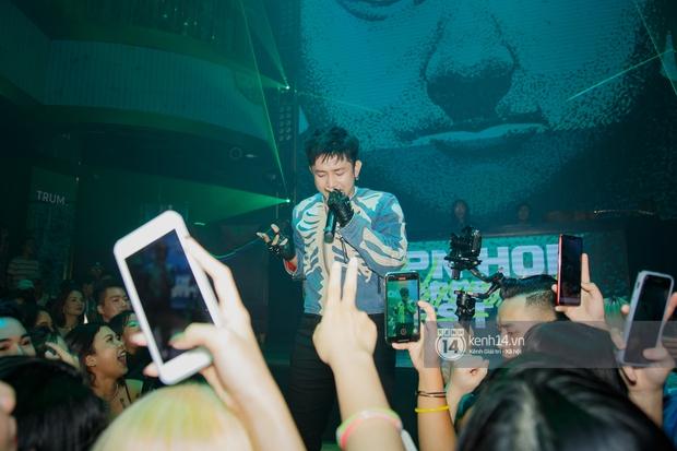 R.Tee vừa diss antifan vừa quẩy tung với 16 Typh, Yuno Bigboi nhá hàng bản demo mới toanh hậu Rap Việt - Ảnh 5.