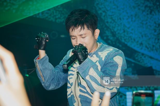 R.Tee vừa diss antifan vừa quẩy tung với 16 Typh, Yuno Bigboi nhá hàng bản demo mới toanh hậu Rap Việt - Ảnh 4.