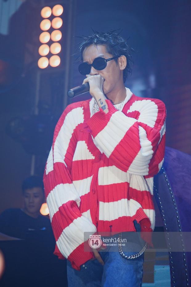 R.Tee vừa diss antifan vừa quẩy tung với 16 Typh, Yuno Bigboi nhá hàng bản demo mới toanh hậu Rap Việt - Ảnh 18.