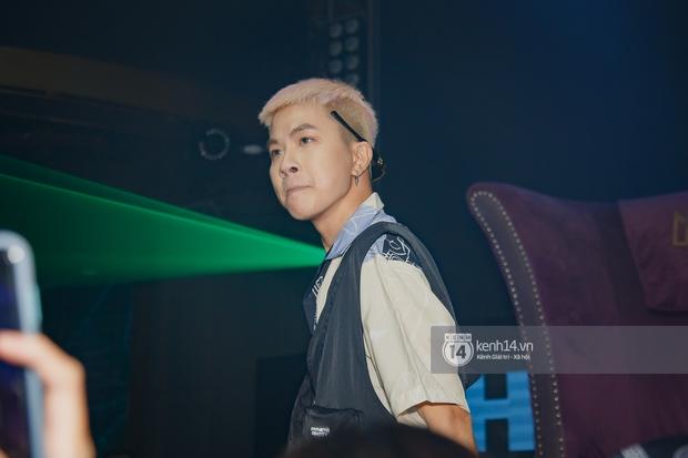 R.Tee vừa diss antifan vừa quẩy tung với 16 Typh, Yuno Bigboi nhá hàng bản demo mới toanh hậu Rap Việt - Ảnh 7.