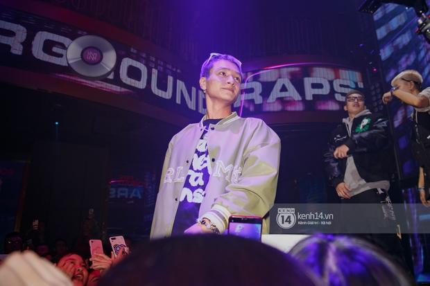 R.Tee vừa diss antifan vừa quẩy tung với 16 Typh, Yuno Bigboi nhá hàng bản demo mới toanh hậu Rap Việt - Ảnh 13.
