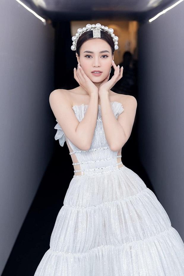 Drama nối tiếp drama: Váy của Ninh Dương Lan Ngọc lại bị tố nhái y chang mẫu Lý Thuần mặc từ tận 2017 - Ảnh 3.