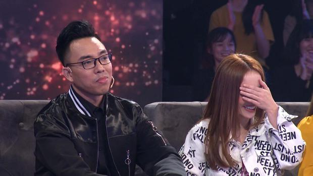 Yến Trang bất ngờ khi được Nguyễn Hồng Thuận nhiệt tình thả thính trên truyền hình - Ảnh 1.
