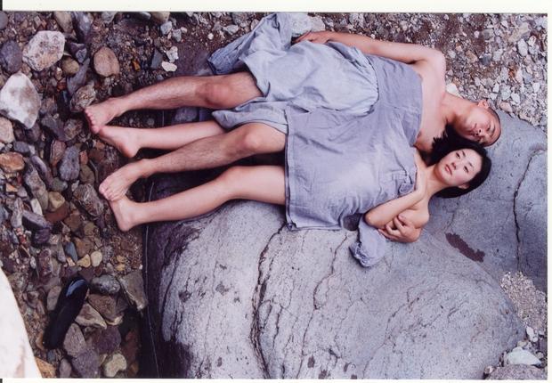 5 bộ phim kinh điển của cố đạo diễn Kim Ki Duk: 5/5 đều gây sốc cả thế giới vì đầy bạo lực và tình dục - Ảnh 12.