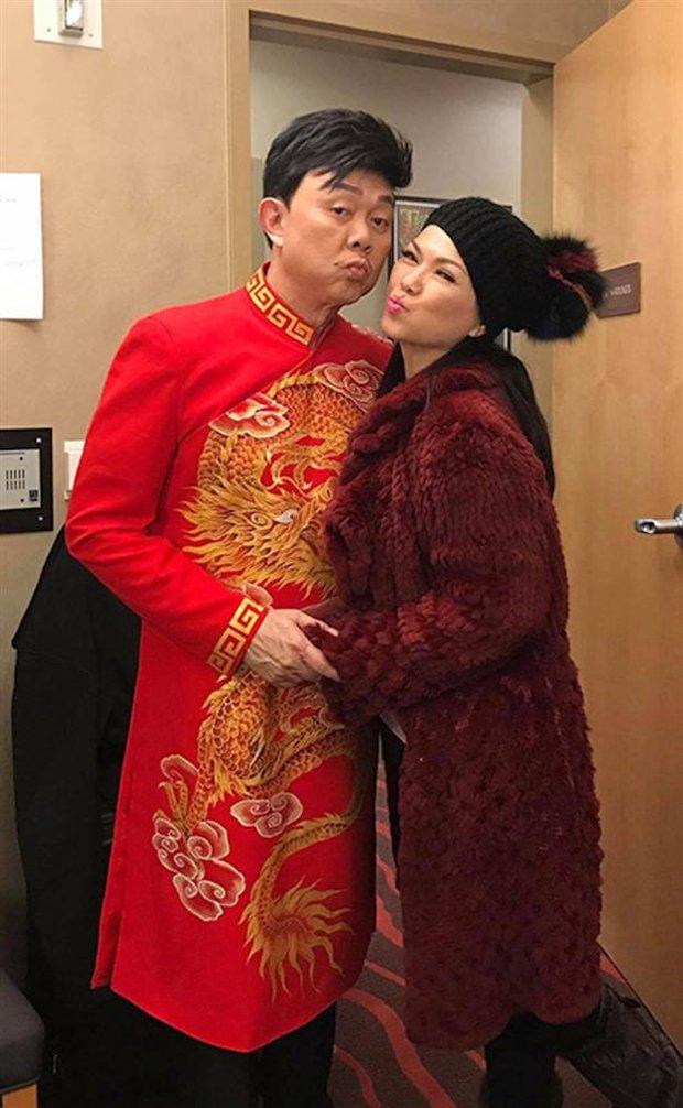 Bạn thân hé lộ ca sĩ Phương Loan đã định về bên chồng ở Việt Nam, mối quan hệ giữa NS Chí Tài và mẹ vợ gây chú ý - Ảnh 2.