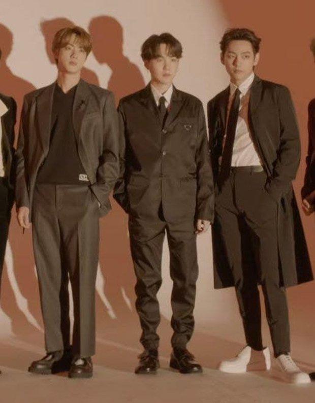 Stylist của BTS bị dân tình la ó dữ dội khi chọn đồ cẩu thả, như hàng mượn tạm cho nhóm - Ảnh 3.
