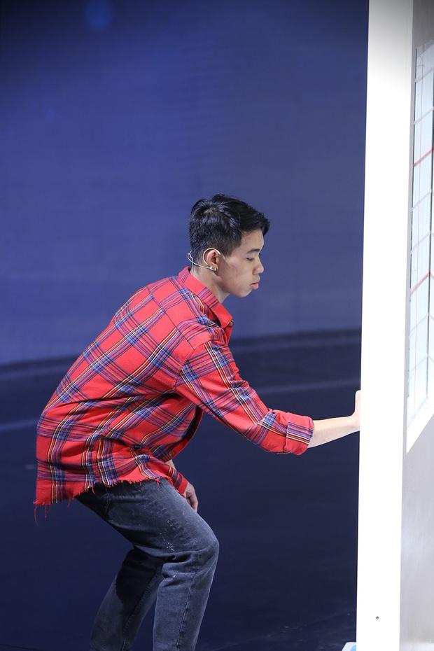 Lần đầu tiên trong lịch sử Siêu Trí Tuệ Việt Nam xuất hiện thử thách đấu 3 chọn 1 - Ảnh 6.