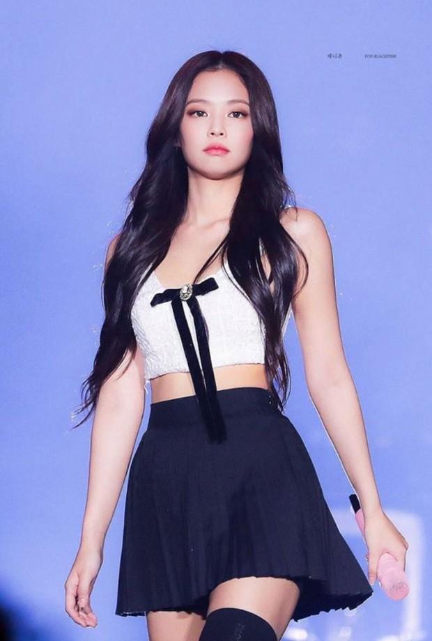 Loạt ảnh fansite chụp thôi mà thành huyền thoại: Rosé (BLACKPINK) - Hani như tiên tử, nữ idol vô danh nổi như cồn sau 1 đêm - Ảnh 6.