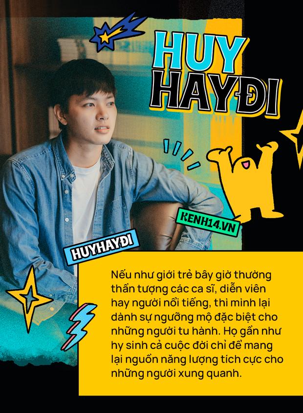Huy Hay Đi - chàng travel blogger GenZ hot nhất hiện nay: Từng tổn thương vì những phán xét về chuyện giới tính, không ngại việc bị so sánh với đàn anh Khoai Lang Thang - Ảnh 2.