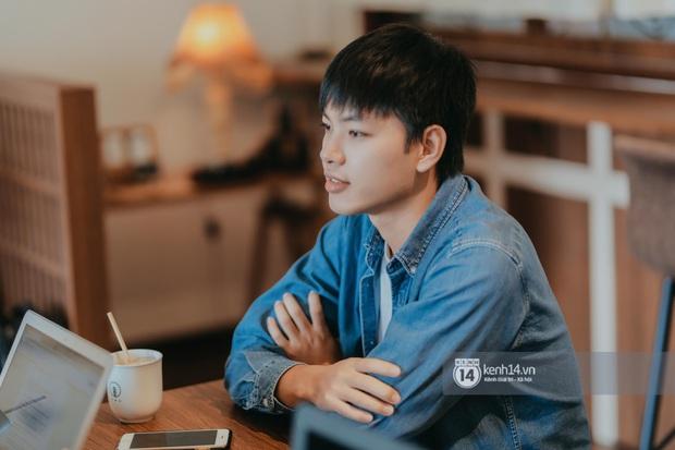 Huy Hay Đi - chàng travel blogger GenZ hot nhất hiện nay: Từng tổn thương vì những phán xét về chuyện giới tính, không ngại việc bị so sánh với đàn anh Khoai Lang Thang - Ảnh 6.