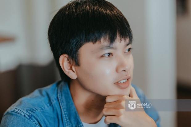 Huy Hay Đi - chàng travel blogger GenZ hot nhất hiện nay: Từng tổn thương vì những phán xét về chuyện giới tính, không ngại việc bị so sánh với đàn anh Khoai Lang Thang - Ảnh 11.