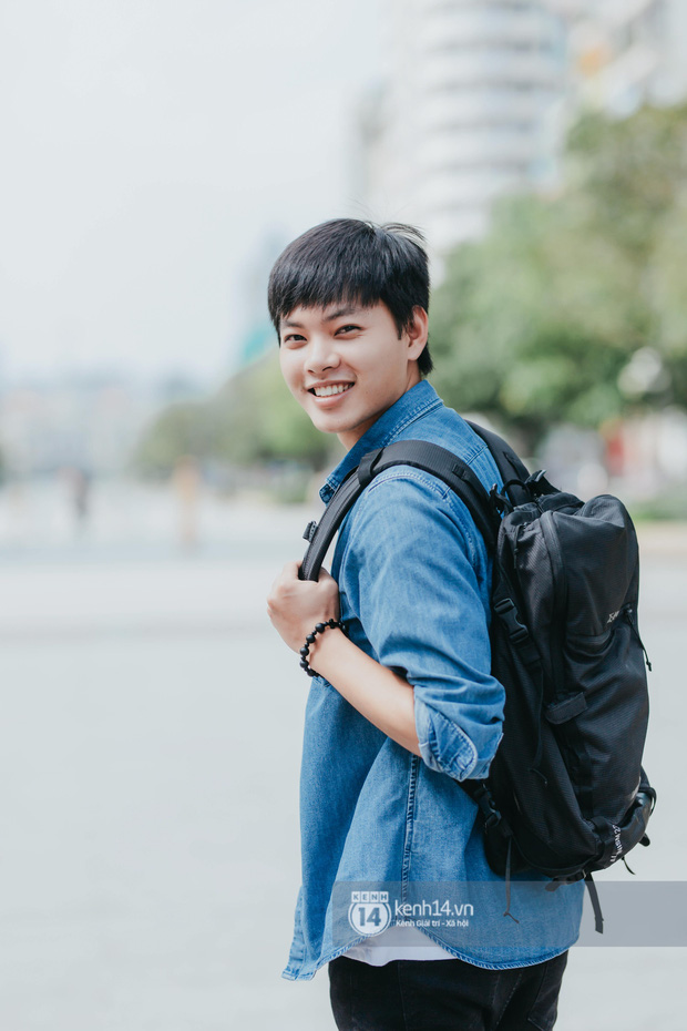 Huy Hay Đi - chàng travel blogger GenZ hot nhất hiện nay: Từng tổn thương vì những phán xét về chuyện giới tính, không ngại việc bị so sánh với đàn anh Khoai Lang Thang - Ảnh 3.