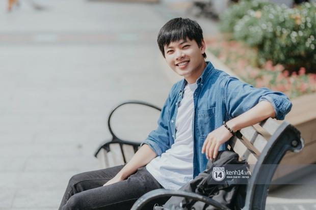 Huy Hay Đi - chàng travel blogger GenZ hot nhất hiện nay: Từng tổn thương vì những phán xét về chuyện giới tính, không ngại việc bị so sánh với đàn anh Khoai Lang Thang - Ảnh 5.