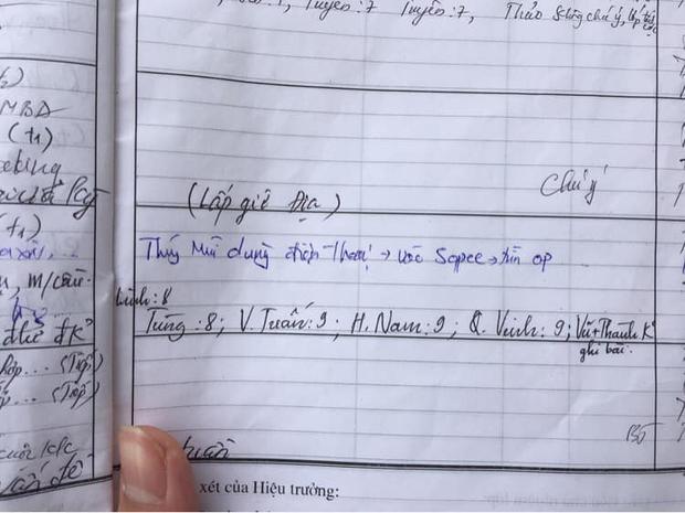 Chưa kịp chốt đơn ngày hội săn sale 12/12, nữ sinh đã bị chốt ngồi sổ đầu bài vì lý do không tưởng - Ảnh 1.