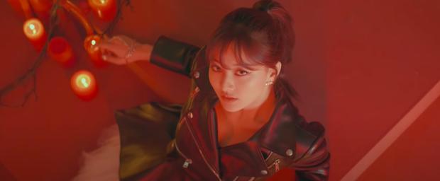TWICE tung teaser cho Cry For Me gây sốt tại MAMA 2020: Visual đỉnh cao, concept ghi điểm, viết tiếp câu chuyện của I Cant Stop Me? - Ảnh 9.