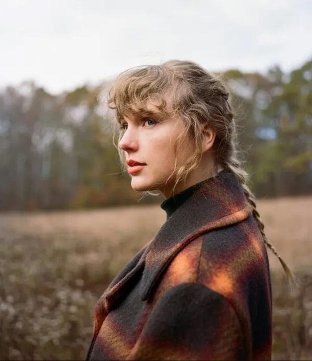 Taylor Swift thay đổi toàn bộ thumbnail video YouTube để quảng bá MV willow khiến fan không phân biệt nổi bài nào với bài nào - Ảnh 6.
