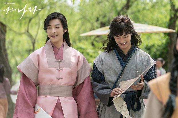 Chân lí phim Hàn: Lee Jong Suk muôn đời làm thánh hôn, Lee Min Ho mãi là cậu ấm giới siêu giàu á! - Ảnh 13.