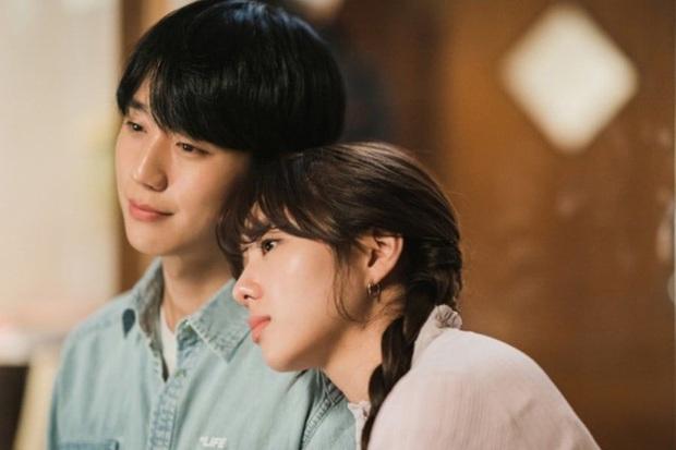 Chân lí phim Hàn: Lee Jong Suk muôn đời làm thánh hôn, Lee Min Ho mãi là cậu ấm giới siêu giàu á! - Ảnh 23.