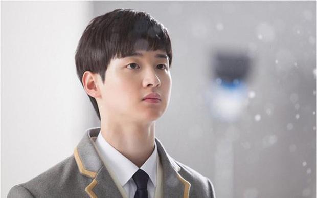 Chân lí phim Hàn: Lee Jong Suk muôn đời làm thánh hôn, Lee Min Ho mãi là cậu ấm giới siêu giàu á! - Ảnh 38.