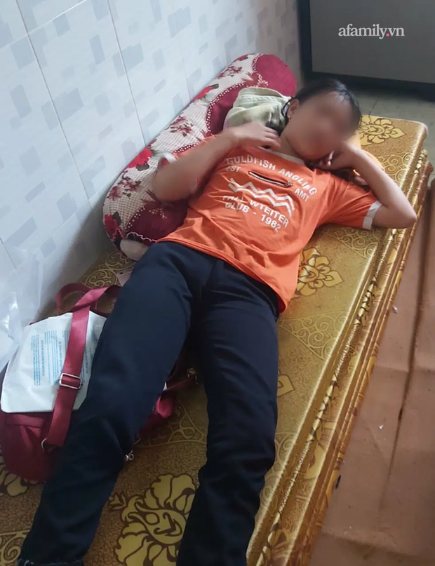 Vụ nữ sinh lớp 7 ở Tây Ninh bị hành hung, đạp xuống mương sau va chạm giao thông: Gia đình yêu cầu giám định vết thương, xử lý hình sự - Ảnh 1.