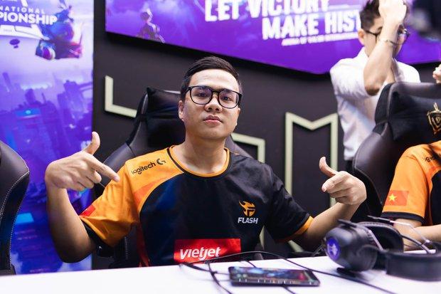 Cộng đồng Liên Quân Việt chỉ trích nặng nề Daim sau khi Team Flash để thua MAD Team với một kịch bản không tưởng! - Ảnh 2.