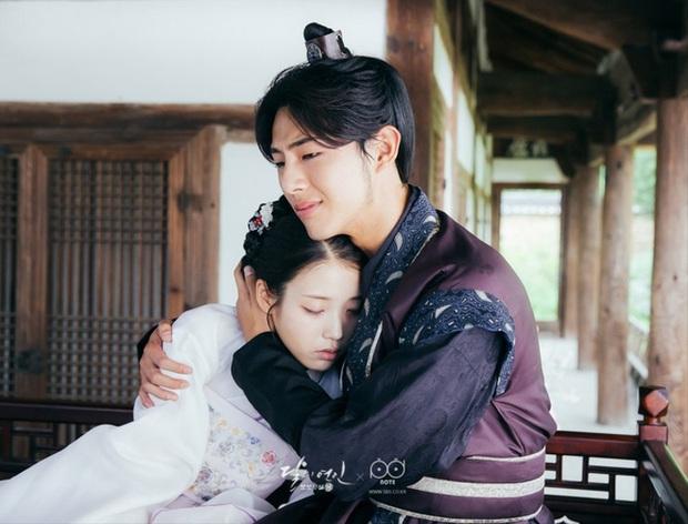 Chân lí phim Hàn: Lee Jong Suk muôn đời làm thánh hôn, Lee Min Ho mãi là cậu ấm giới siêu giàu á! - Ảnh 22.