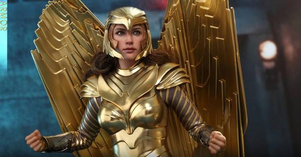 """6 điều ít ai biết về Wonder Woman 1984: """"Chị đẹp"""" tung hoành khi Aquaman còn chưa thụ thai, số tiền cát-xê khủng muốn xỉu lên xỉu xuống! - Ảnh 5."""