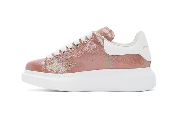 Top 9 đôi sneakers hồng đẹp nhất dành cho phái nữ sắp được ra mắt: Toàn những thiết kế xịn sò nhưng giá lại rất phải chăng - Ảnh 7.