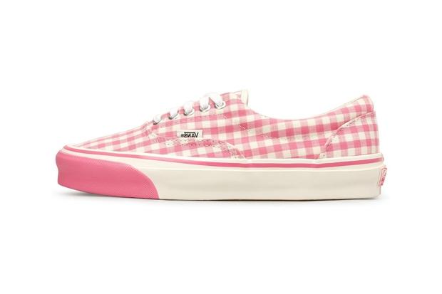 Top 9 đôi sneakers hồng đẹp nhất dành cho phái nữ sắp được ra mắt: Toàn những thiết kế xịn sò nhưng giá lại rất phải chăng - Ảnh 2.