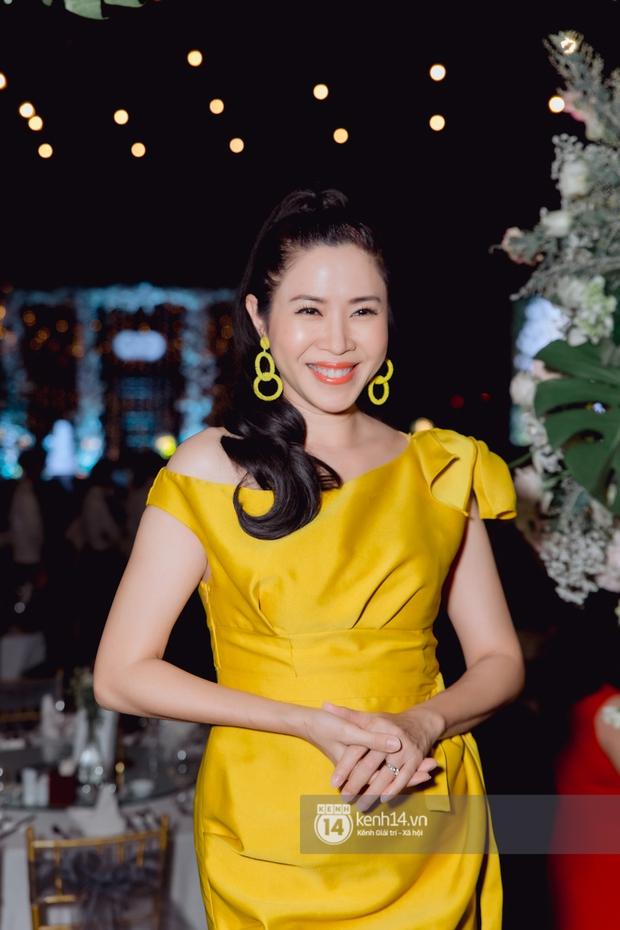 Đám cưới Quý Bình và nữ doanh nhân: Cô dâu - chú rể và dàn nghệ sĩ quẩy tưng bừng, lời hẹn ước của cặp đôi gây xúc động - Ảnh 15.